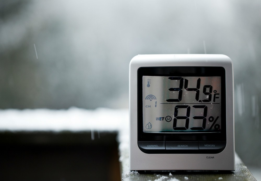 temperature affect humidity